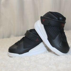 Nike Jordan Flight size 4 Toddler